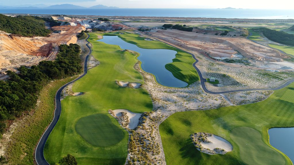 What to Know about Nha Trang City and Golf Scene