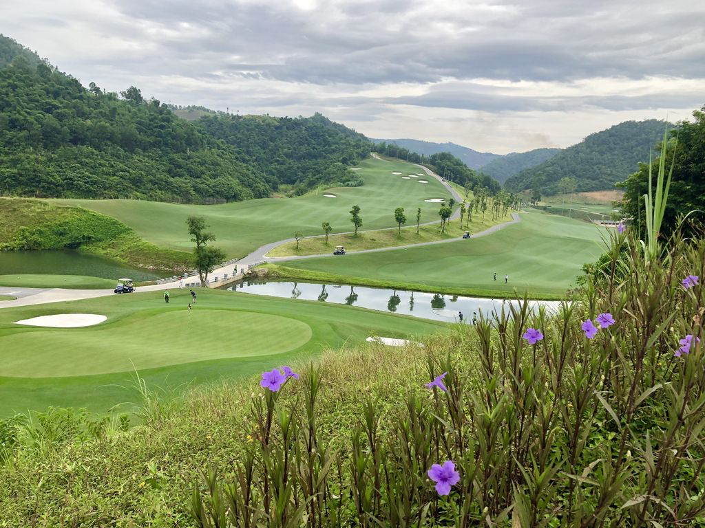 Hilltop Valley Golf Club Vietnam